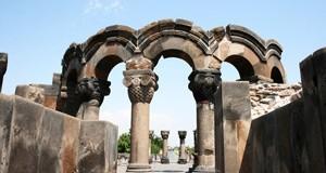 Jour 9 : Erevan - Zvartnots - Etchmiadzine - Erevan